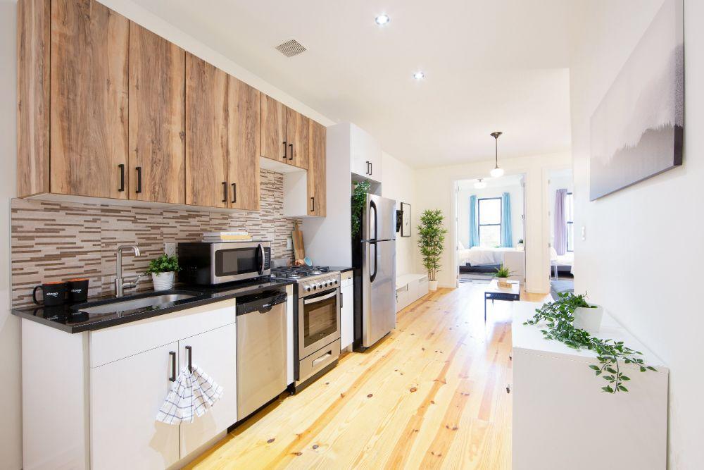 235-himrod-street-2l-kitchen-b-min